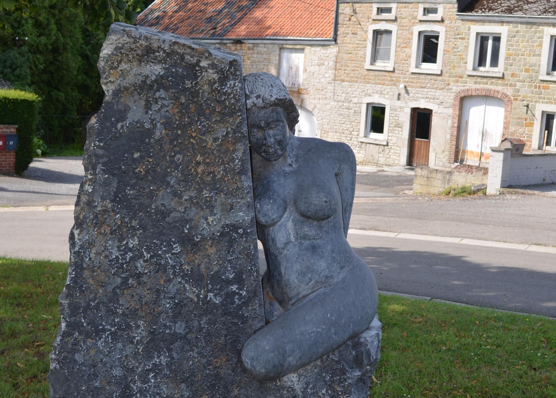 Sculpture rencontrée au cours du circuit VTT non balisé sur les traces des sorcières